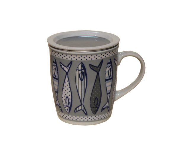 cup for tea, brew, fish, tazza per infuso tisane, sardine acciughe