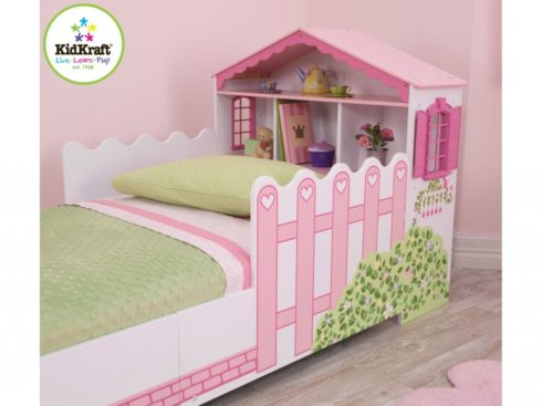 letti colorati,mobili colorati e spiritosi per camerette ,letti spiritosi ,bambolina, furniture for children's rooms colorful and funny, witty beds, doll,kidkraft