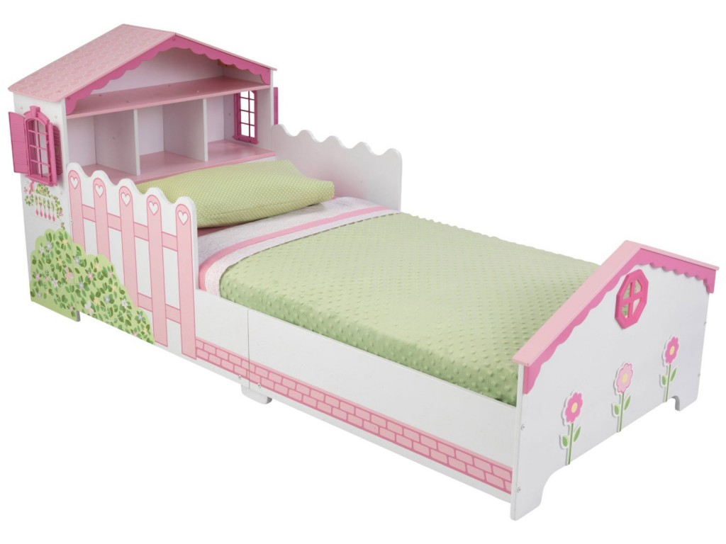 mobili colorati e spiritosi per camerette ,letti spiritosi ,bambolina, furniture for children's rooms colorful and funny, witty beds, doll,kidkraft