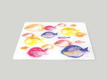sottopentola, tagliere con pesci , piatto da portata con pesci,trivets, cutting board with fish platter with fish,