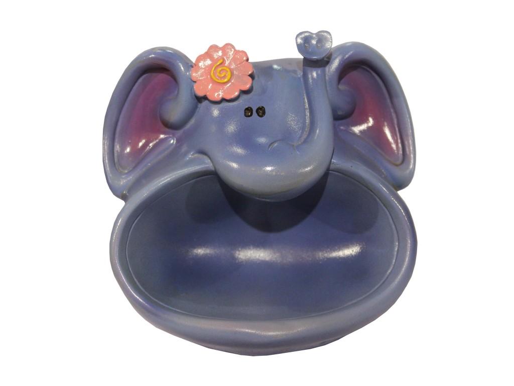 bathroom accessories elephant . accessori per il bagno elefante