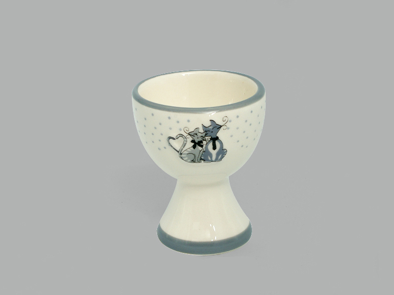 porta uovo con gattino , ceramiche con gatti,egg cup with kitten, cats ceramics with